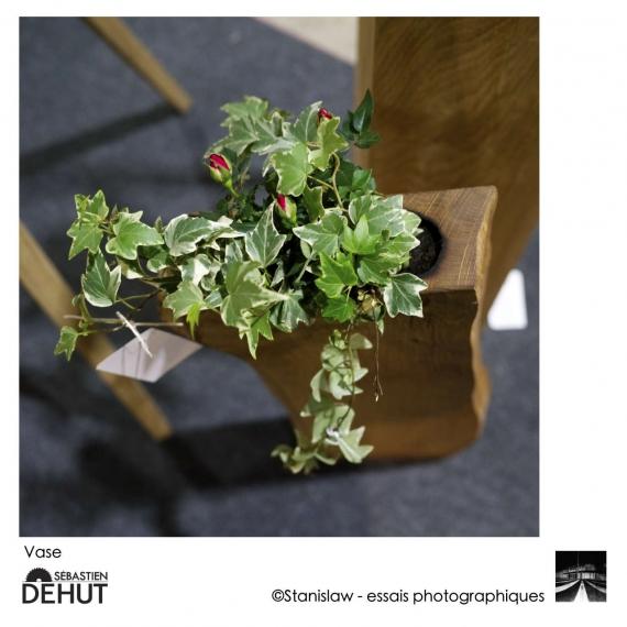 Vase en chêne brut