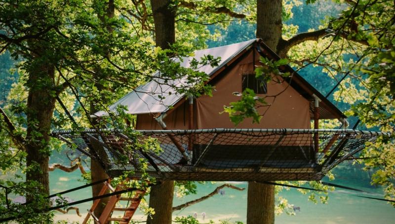 Vous êtes à la recherche d'un logement insolite? Vous avez envie de vous connecter avec la nature? Essayez donc les Tree Tents à Han-sur-Lesse!